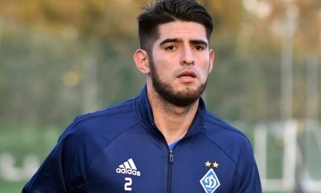 Самбрано заявив, що взимку хоче піти з Динамо