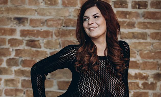 Дівчина дня: відверта фотосесія українки з 5-м розміром бюста, яка зізналася у своїх комплексах
