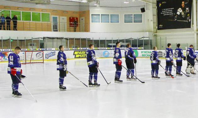 Крижані Вовки заявили 29 хокеїстів на чемпіонат УХЛ - Парі-Матч