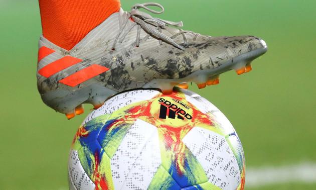 ФІФА дозволила клубам не відпускати гравців у національні збірні